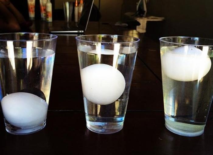 Jaja u čaši