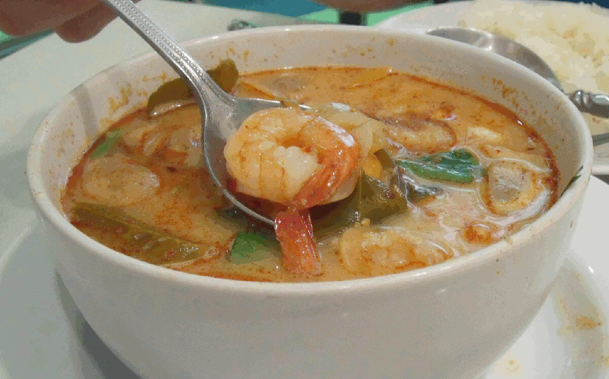 Tom yum supa